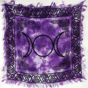 rac90-triple-moon-altar-cloth